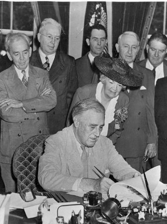 GI Bill of Rights signing